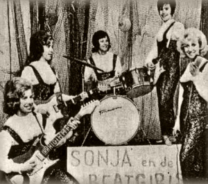 группа Sonja & The Beatgirls